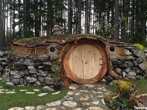 hobbit washington hobbit hut in port orchard wa roadsideamerica around the world hobbit and