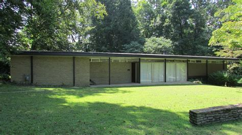 10 Mid Century Modern Listings Just in Time for 'Mad Men'
