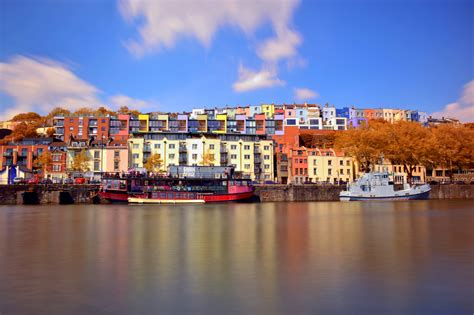 Bristol: Colourfully Iconic Houses and a Bright Balloon