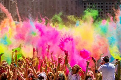 in color festival holi sms images wishes greetings pictures happy holi