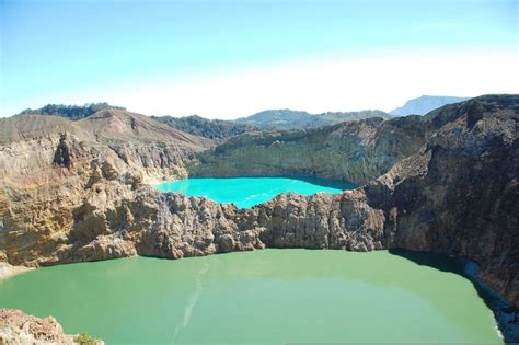 travel trip journey kelimutu tri colored lakes flores