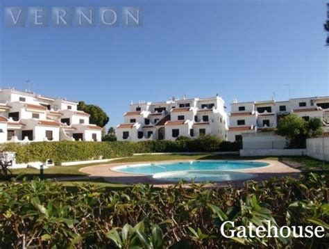 appartments in portugal apartment for sale in alvor algarve portugal gatehouse