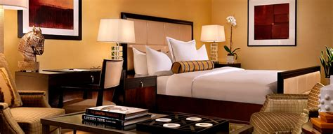 trump 2 bedroom suite las vegas hilton grand vacations club at trump international hotel