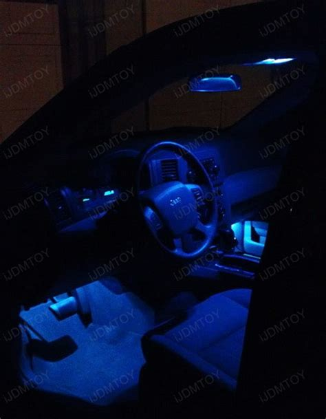 jeep interior lights jeep grand gets the blue led interior lights