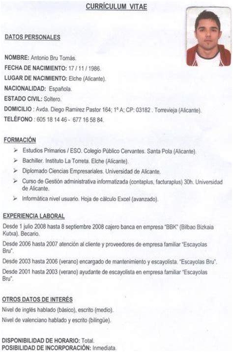 Modelo De Curriculum De Trabajo Sencillo Yovanni Tlr
