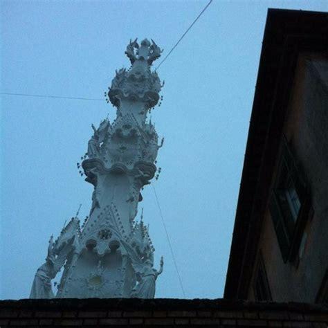 Macbook Di China macchina di santa rosa viterbo italien omd 246