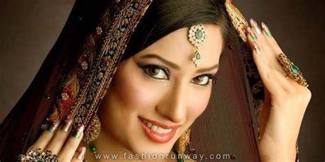 mehwish hayat dramas wedding pics profile life with style mehwish hayat wedding profile latest life style