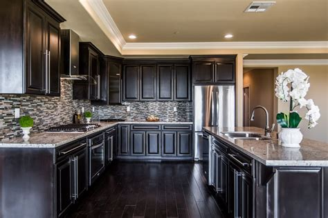 kitchen cabinets flushing ny kitchen outlet in queens ny deal best prices