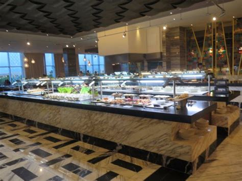 grand buffet picture of moon palace cancun cancun