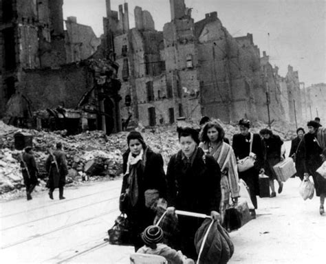 refugee council usa history of the us refugee refugee crises then and now history today
