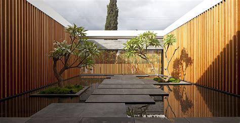 internal courtyard water feature float house in tel aviv israel