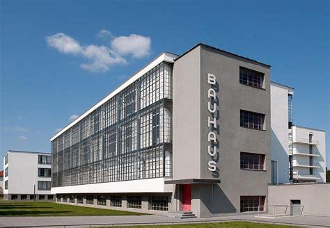 Bauhaus Dessau Walter Gropius bauhaus building by walter gropius 1925 26 bauhaus
