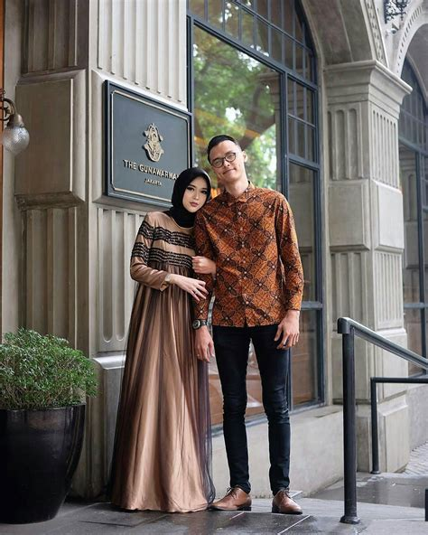 desain gamis dari kain batik 100 gambar desain gamis batik elegan dengan 25 model baju