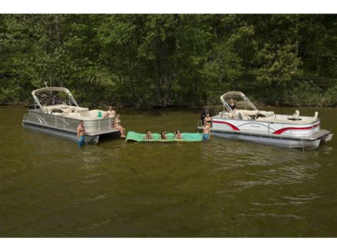 skipper buds used boats skipper bud s lake fenton boats for sale boats