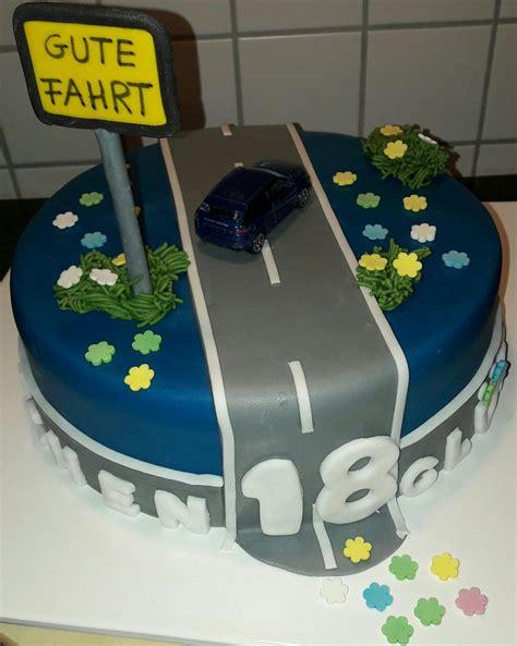 Motivtorte Auto by Motivtorte Fondant 18 Geburtstag Mit Auto Und Strasse