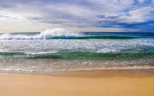 Beautiful beach waves wallpapers pictures photos images