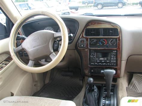 nissan terrano 1997 interior 1998 nissan pathfinder se 4x4 interior photo 39839221