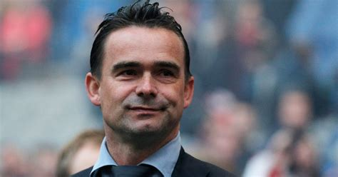 arsenal director of football arsenal set to target marc overmars as new director of