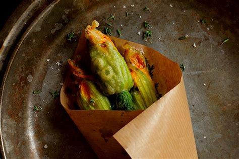 come cucinare i fiori di zucca fritti fiori di zucca 5 errori da non fare dissapore