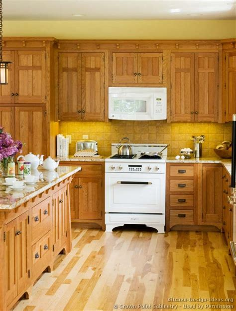 craftsman kitchen cabinets craftsman kitchen design ideas and photo gallery