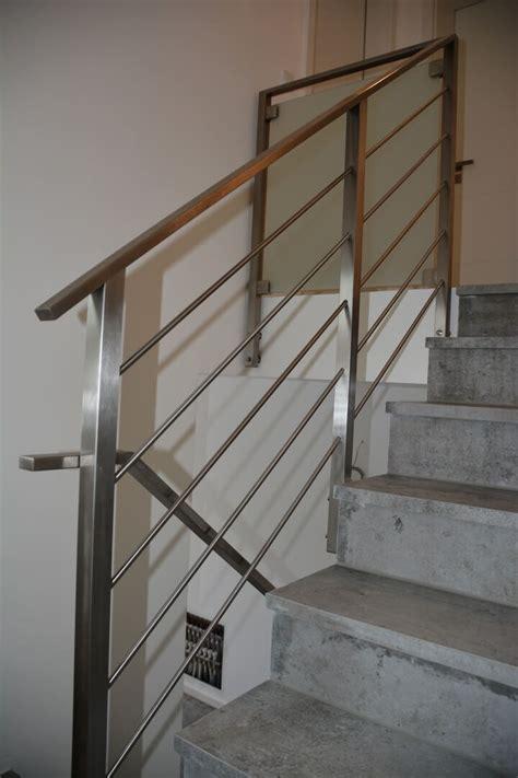 kerzenständer aus glas kaufen balkongel 228 nder treppengel 228 nder mit glas und holzhandlauf