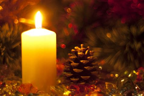 images of christmas candles tis the season