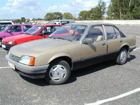 opel rekord 1985 1985 opel rekord photos 2 0 gasoline fr or rr