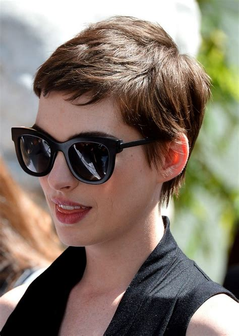 cool pixie haircuts for thick hair trendy hairstyles layered short pixie cut for thick hair hairstyles weekly
