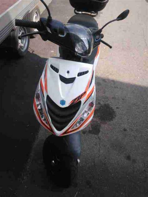 Piaggio Zip Roller Gebraucht Kaufen by Piaggio Zip Motorroller Bestes Angebot Piaggio