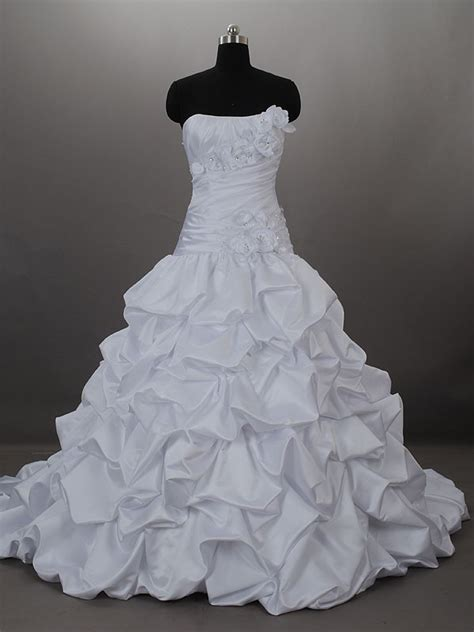 puffy wedding dresses ideas wedding  bridal inspiration galleries