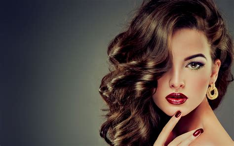 Hair And Makeup Stylist | professional hair and beauty salon located in kenton harrow