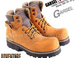 Sepatu Safety T Buc sepatu gunung garsel l 155