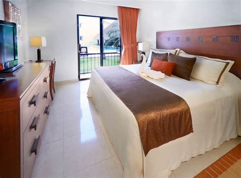 2 bedroom suites caribbean all inclusive the royal cancun all suites resort hotel in cancun