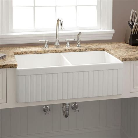 fireclay farmhouse sink 33 inch best 25 fireclay farmhouse sink ideas on