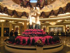 When Does Las Vegas Decorate For Christmas Christmas Decorations In Las Vegas Flickr Photo Sharing