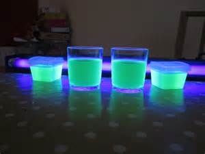 glow in the light how to make glowing jelly 171 orbiting frog