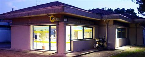 ufficio postale merate banda buco alle poste va buca per 242 ai ladri merate