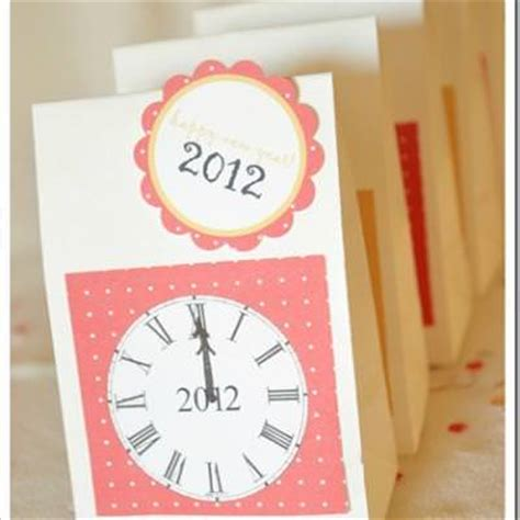 new year paper crafts new year s countdown bags paper craft ideas tip junkie