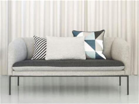 cuscini per divano grigio divano grigio con quali cuscini lo ravvivo salotto