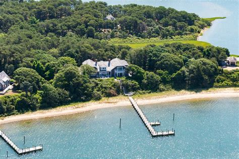Chappaquiddick Martha S Vineyard Real Estate Harbor Waterfront On Chappaquiddick Massachusetts Luxury Homes Mansions For Sale Luxury
