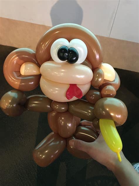 balloon monkey sculpting that balloons