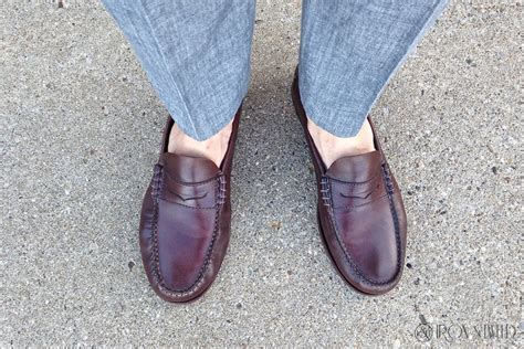 sockless loafers how to prevent foot odor when going sockless