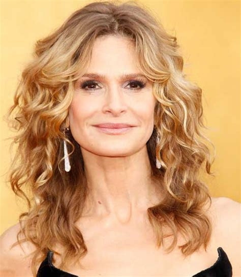 Celebrity With Blonde Curly Hair | 24 best curly hairstyles celebrities with curly hair
