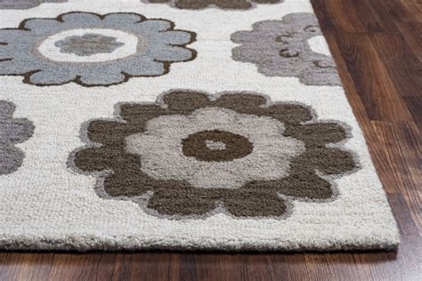 dainty boutique 8 x 10 maggie dainty flower pattern wool area rug in grey