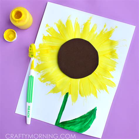 How To Make A Toothbrush Out Of Paper - make a sunflower craft using a toothbrush crafty morning