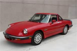 Alfa Romeo 1986 1986 Alfa Romeo Quadrifoglio 207085