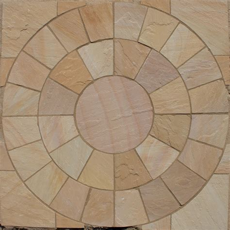 Lalitpur Yellow, Circles, Indian Sandstone Paving   LSD.co.uk