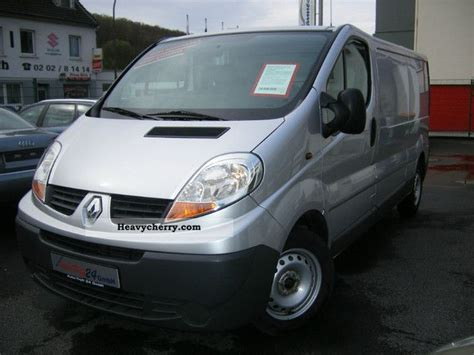 opel vivaro 2007 opel vivaro 2007 box type delivery van long photo and