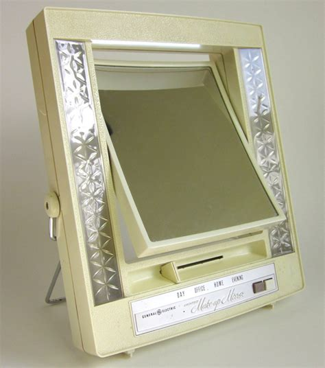 electric lighted makeup mirror finding the right makeup mirror lighting lightopia s