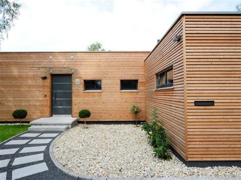 Bungalow Design by Fertighaus Von Baufritz Bungalow Modern